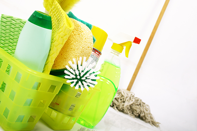 31 Days, Day 4: How to clean your house quickly